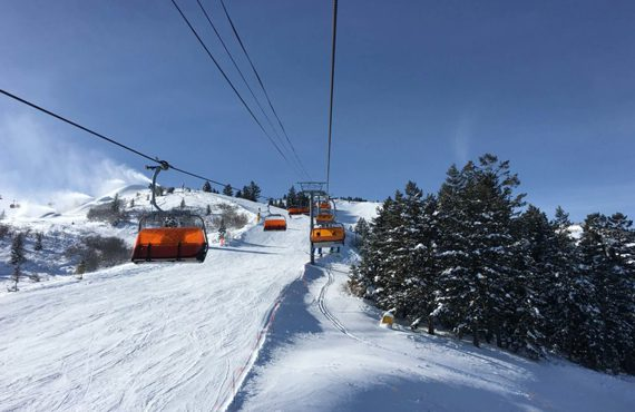 park-city-mountain-ski-resort-orange-gondola