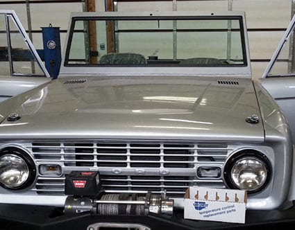 silver-mountain-glass-classic-truck-window-repair-bronco