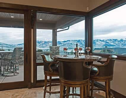 silver-mountain-glass-park-city-eat-in-kitchen