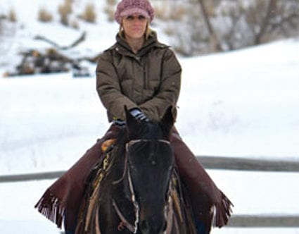 winter-horseback-rides-rocky-mountain-outfitters