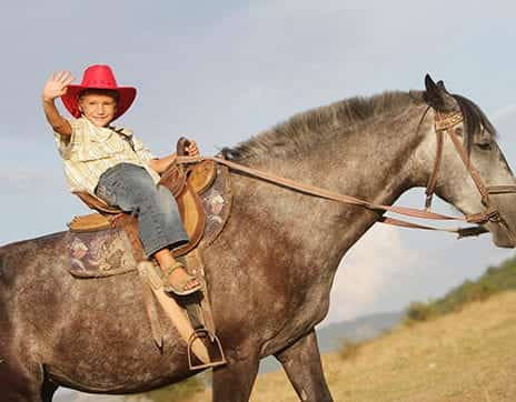 Rhodes-Valley-Outfitters-Park-City-Activities-kids-horseback-riding
